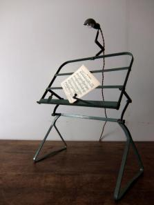 Book Stand with Lamp (A0514)