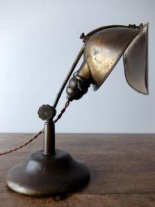 LYHNE Desk Lamp (A0117)