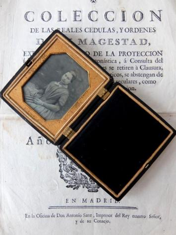 Daguerreotype Picture with Case (D0120)