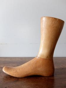 Mannequin's Foot (A0121)