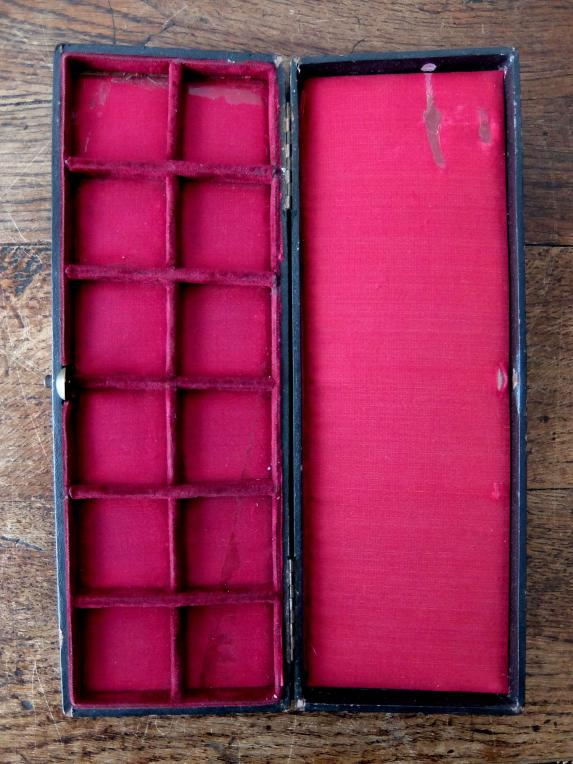 Antique Jewelry Case (A0917)