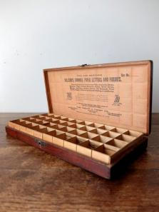 Dovetailed Wooden Case (A0218)