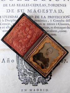 Daguerreotype Picture with Case (C0120)