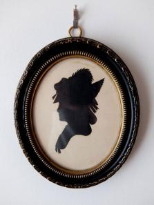Frame with Silhouette Portrait (B0219)