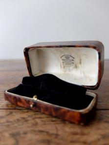 Antique Jewelry Box (C0219-03)