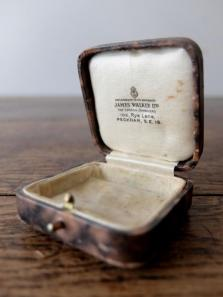 Antique Jewelry Box (C0219-02)