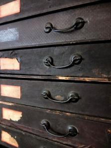 Small Drawers (A0414)