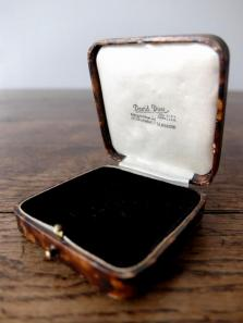 Antique Jewelry Box (F0417-02)