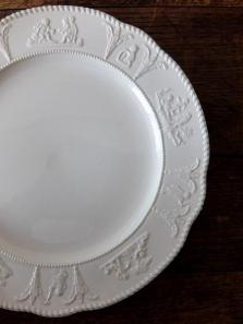 Wedgwood Relief Plate 【S】 (A0421)