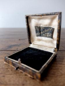 Antique Jewelry Box (T0417-04)