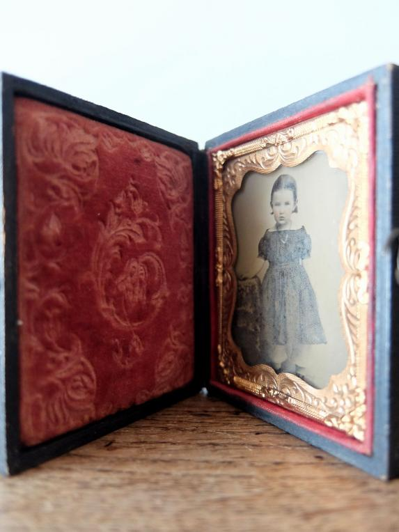 Daguerreotype Picture with Case (A0517)