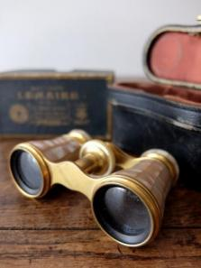 Opera Glasses with Box (A0517)