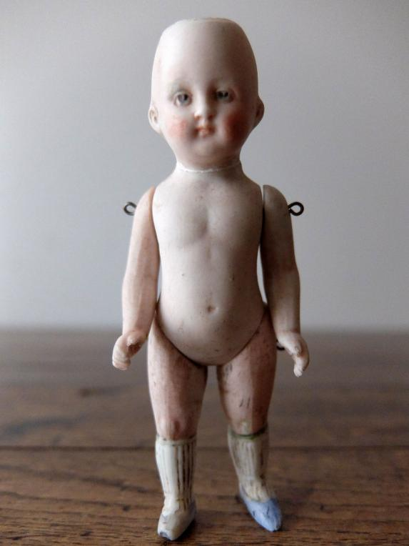 Bisque Doll (G0417-04)