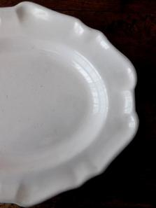 Moustiers White Plate (A0419)