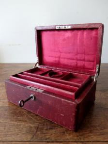 Antique Jewelry Case (A0520)
