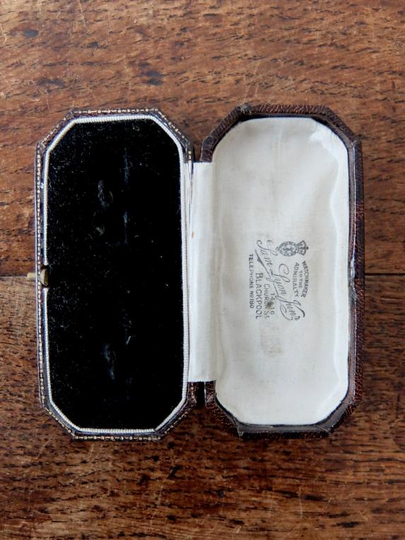 Antique Jewelry Box (A0619-05)