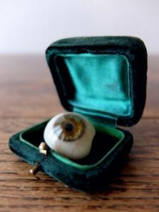 Prosthetic Glass Eyes with Box (B0917-01)