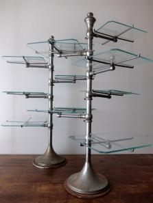 Display Stand with Glass (A0518)