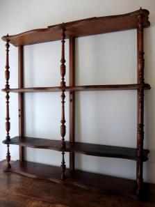 French Shelf (A0518)