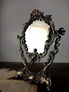 Stand Mirror (A0414)