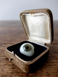 Prosthetic Glass Eyes with Box (B0917-04)