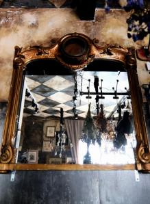 French Mirror (C0414)