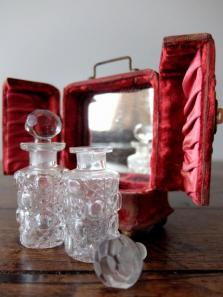 Perfume Bottles with Box (B0720)