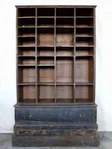 French Shelf (A0617)