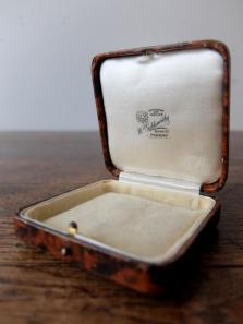 Antique Jewelry Box (C0719-06)
