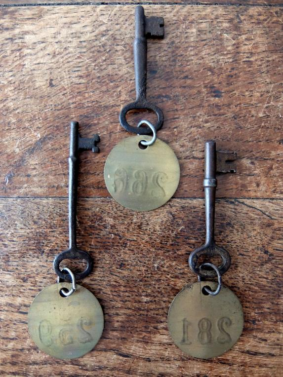 Hotel Key with Brass Tag (A0818)