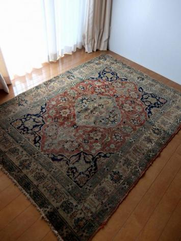 Antique Rug (B0414)