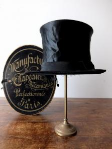 Silk Hat with Box (A0916)