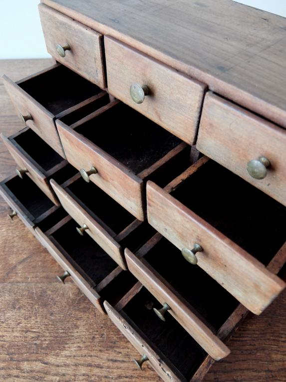 Small Drawers (A0519)