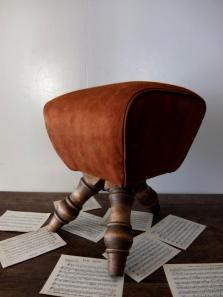 GYM Stool Classic (Brown : Leather)