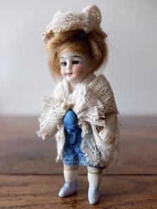 Bisque Doll (B1020)