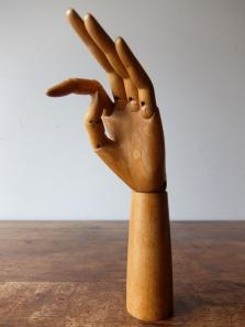 Mannequin's Hand (A1017)