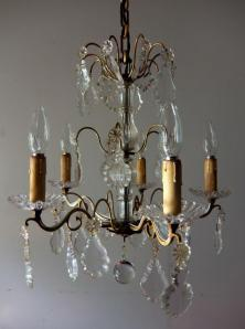 Chandelier (A0915)
