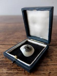 Prosthetic Glass Eyes with Box (B0917-07)