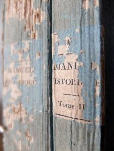 Antique Books (2 pcs) (B1216)